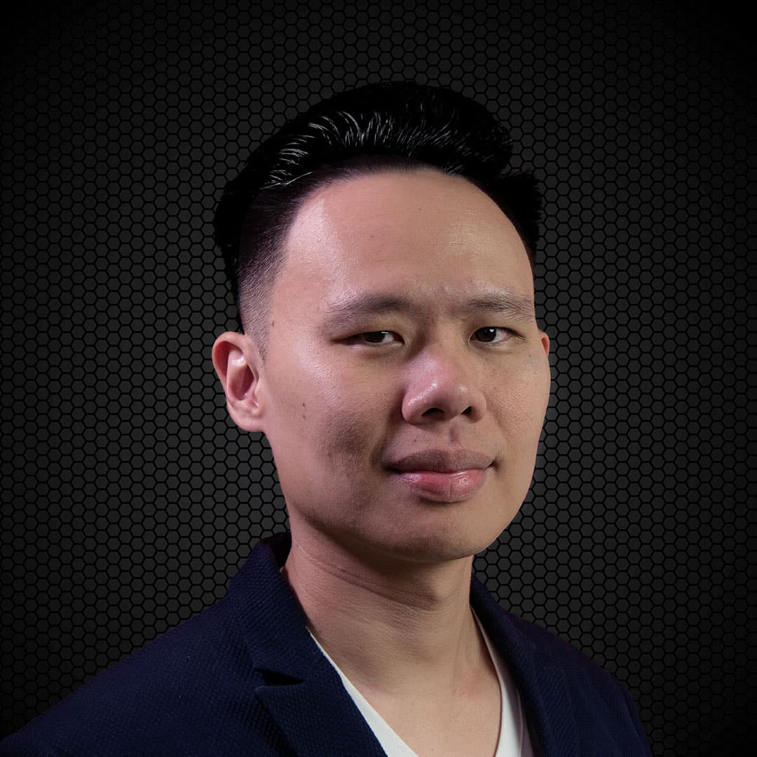 Jax Ng is a digital marketing consultant who specializes in personal branding and lead generation for consultants, coaches, and sales professionals.